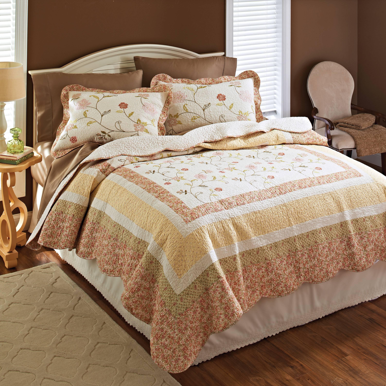 Better Homes and Gardens Priscilla Bedding Quilt - Walmart.com