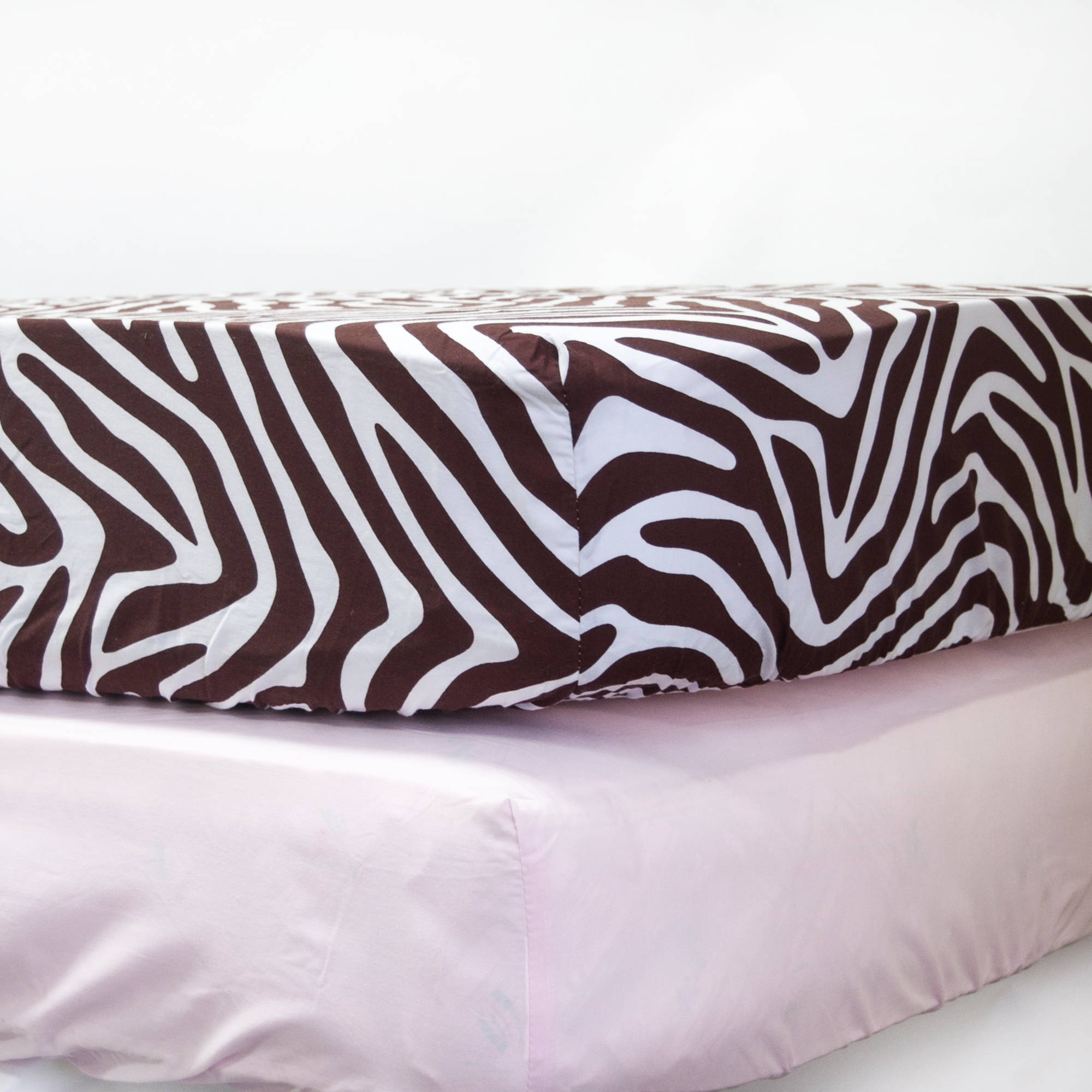 Pam Grace Creations Zara Zebra Crib Sheet