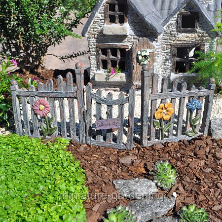 Wholesale Fairy Gardens Fairy Fence And Gate For Miniature