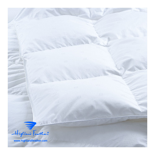 Highland Feather Montpellier Midweight Down Comforter