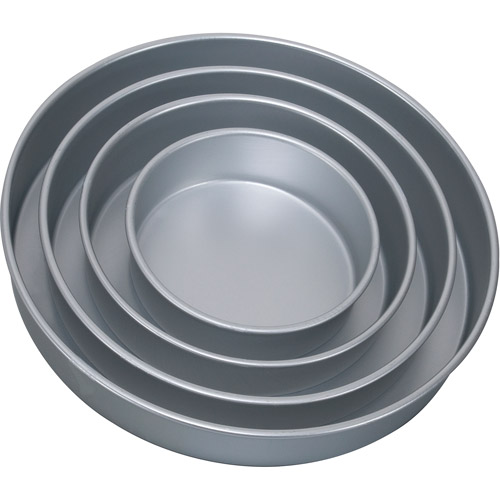 Wilton Round 4-Piece Performance Pan Set 2105-0570