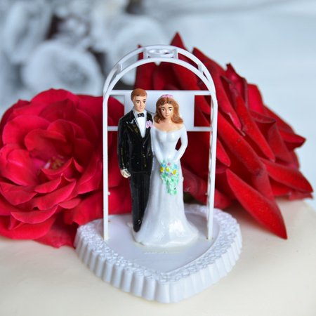 Vintage Bride and Groom Under Arch on Heart Cake Topper White Off Shoulder Dress - Brunette Bride Cake Topper