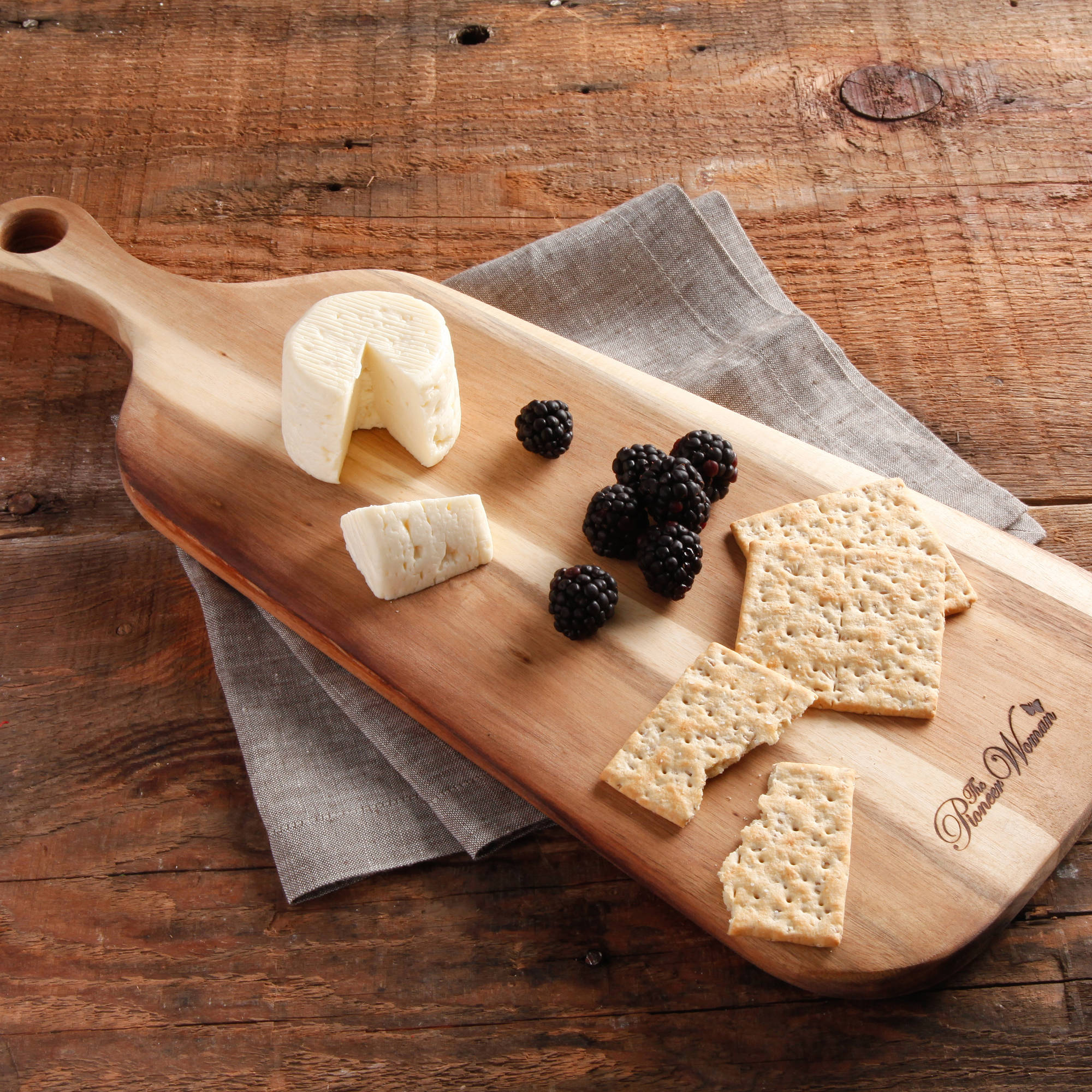 "The Pioneer Woman Cowboy Rustic 18"" x 6"" x 1.2"" Paddle Cheese Board, Natural"