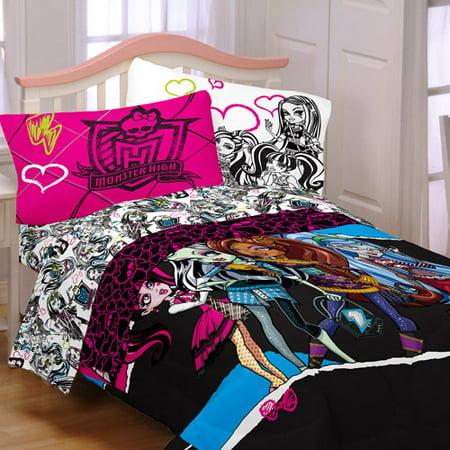 Monster High Quot Ghouls Rule Quot Reversible Comforter Walmart Com