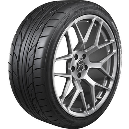 225//40ZR18 Nitto NT555 G2 Performance 225//40//18 Tire