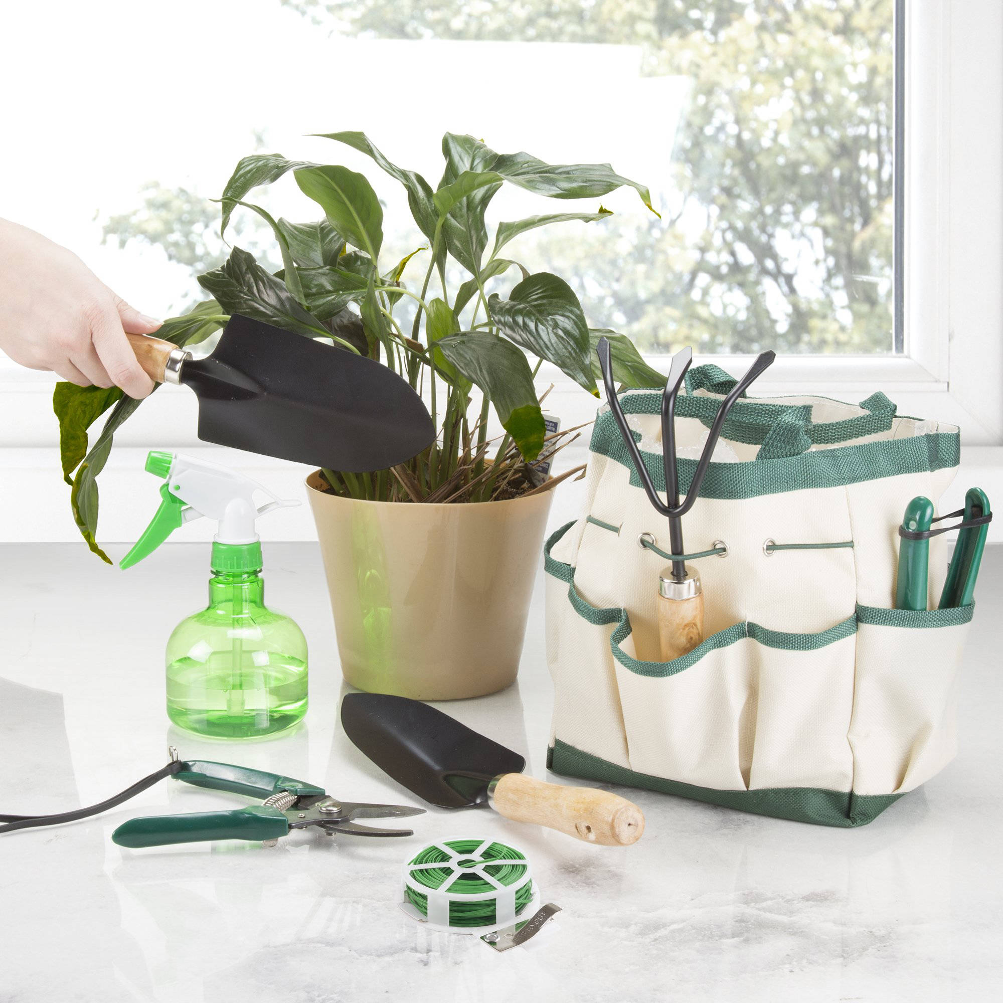 Pure Garden 8-Piece Garden Tool and Tote Set by Trademark Global LLC