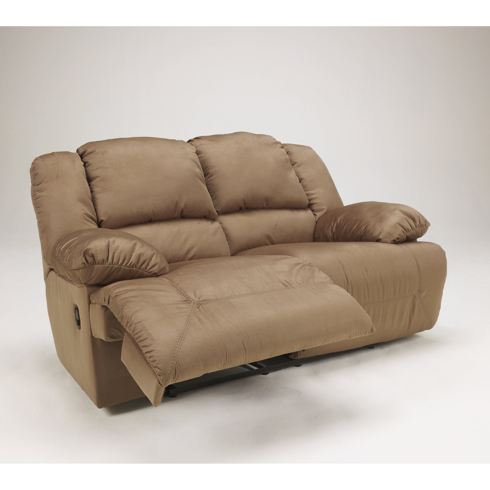 Signature Design by Ashley Hogan Reclining Loveseat