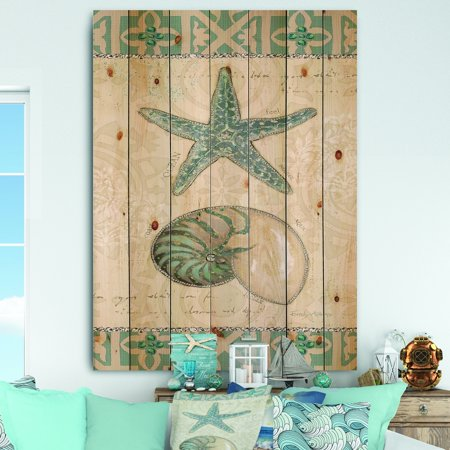 DESIGN ART Designart 'Seastar and Blue Sea Shell I' Nautical & Coastal Print on Natural Pine Wood ()
