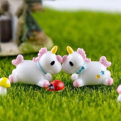 TURNTABLE LAB Unicorn Moss Micro Landscape Decoration Decoration Doll Cute Unicorn Resin Material Creative Crafts