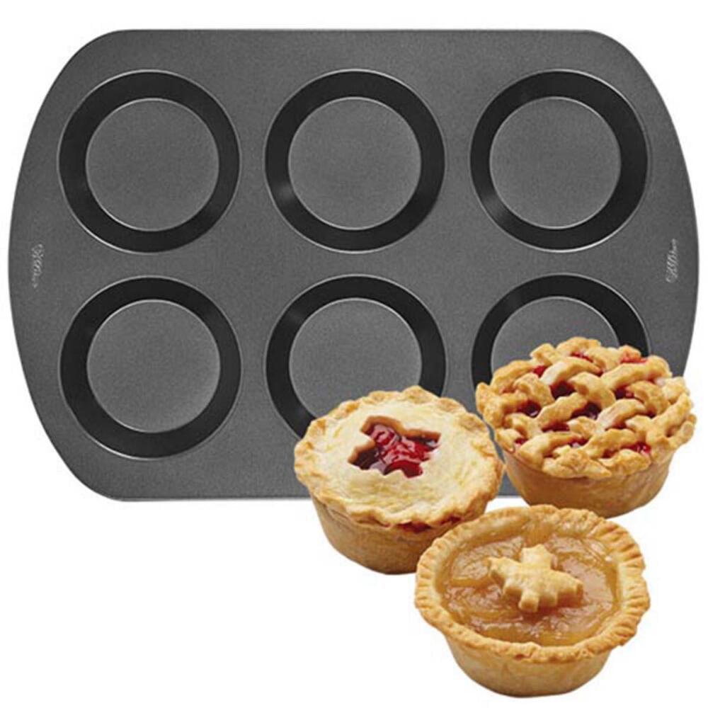 6 Cav Mini Pie Pan Nov by WILTON HOLDINGS INC