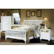 Slat Poster Bed w Nightstand & Chest in Snow White Finish (Full)