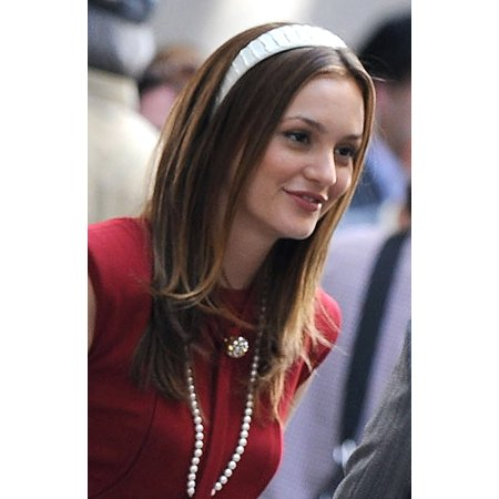 Leighton Meester On Location For Gossip Girl Season Three Shooting In Manhattan Upper East Side New York Ny July 13 2009 Photo By Kristin CallahanEverett Collection Celebrity