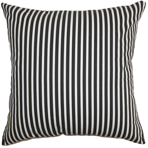 The Pillow Collection Elvy Cotton Throw Pillow