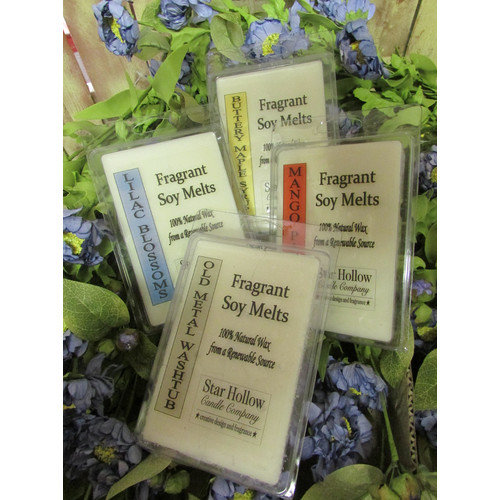 Star Hollow Candle Company Pears and Berries Novelty Candle