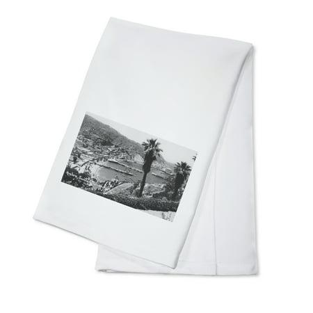 Avalon, CA Santa Catalina Island View of Harbor Photograph (100% Cotton Kitchen Towel)