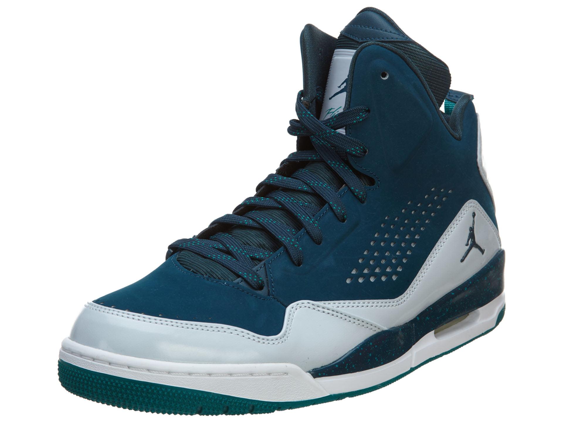 Nike Jordan Men's Jordan SC-3 Basketball Shoe