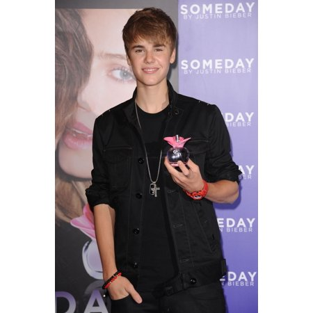 Justin Bieber At In-Store Appearance For Justin Bieber Someday Fragrance Launch MacyS Herald Square Department Store New York Ny June 23 2011 Photo By Kristin CallahanEverett Collection Celebrity