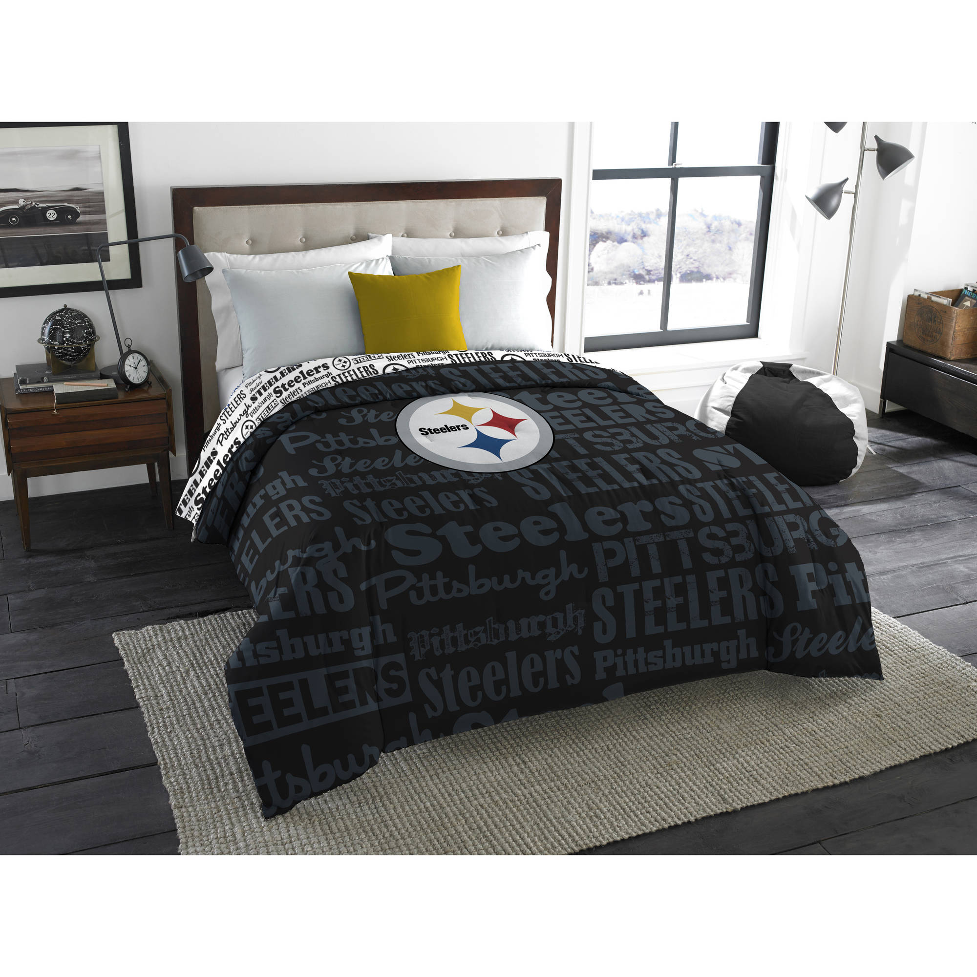 "NFL Pittsburgh Steelers ""Mascot"" Twin/Full Bedding Comforter"