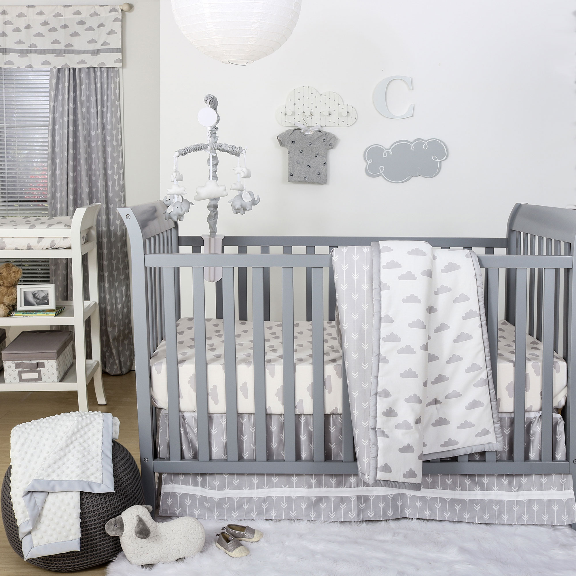 The Peanut Shell 4 Piece Baby Crib Bedding Set - Grey Clouds and Arrow Chevron Print - 100% Cotton Quilt, Dust Ruffle, Fitted Sheet, and Mobile