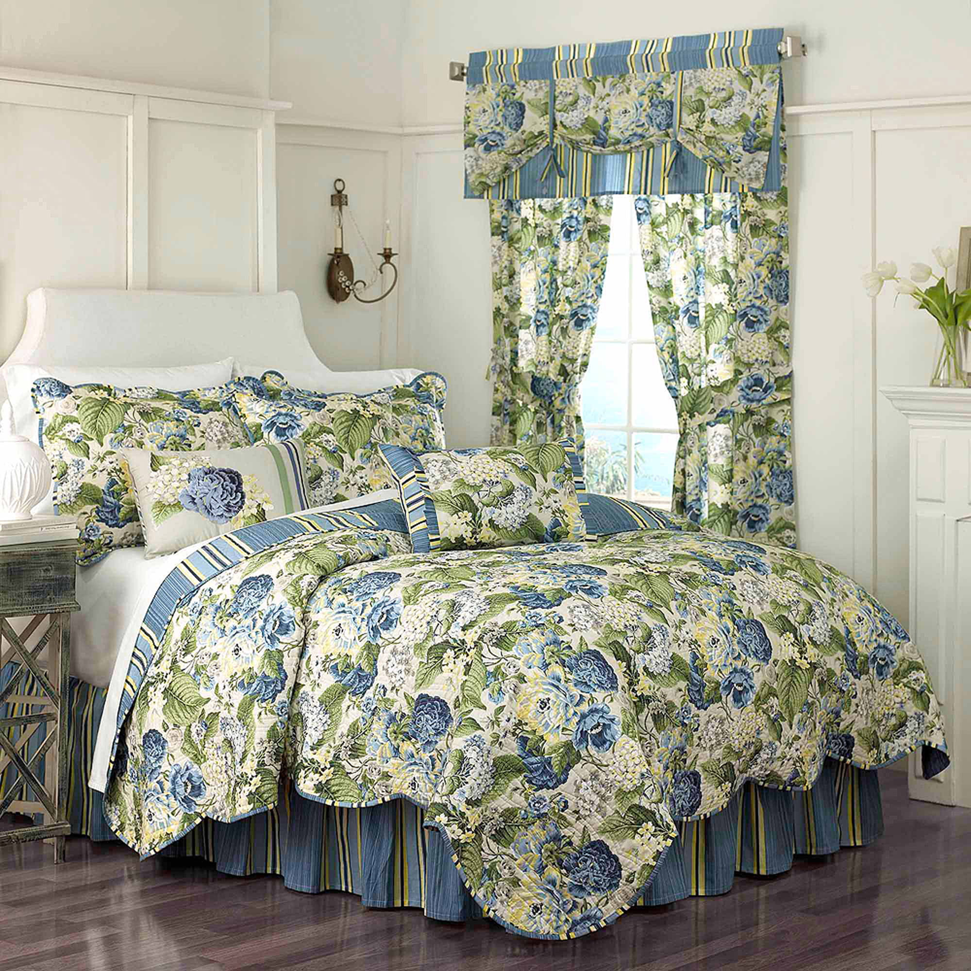 Floral Flourish Bedding Quilt Set   Walmart.com