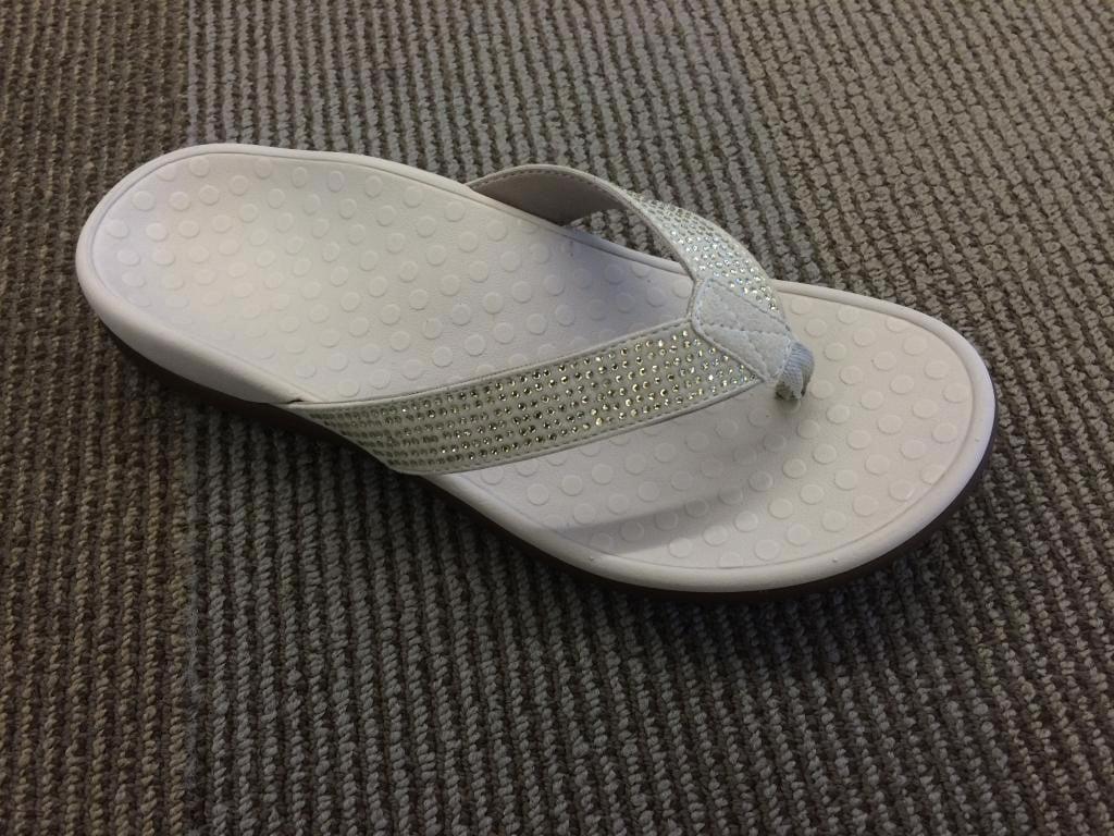 Gentlemen/Ladies:Vionic Gentlemen/Ladies:Vionic Gentlemen/Ladies:Vionic Tide Rhinestone Sandals:Wear Charm 1adff9