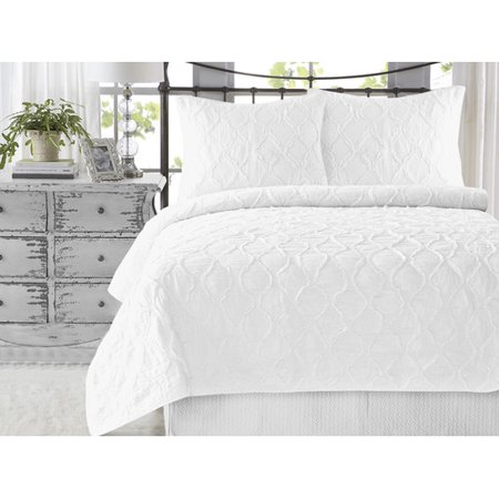 Wavy S Ruffled Cotton 3 Piece King Size White Quilt Set Handcrafted