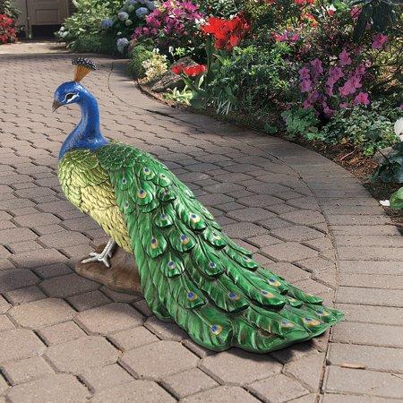 Design Toscano The Regal Peacock Garden Sculpture ()