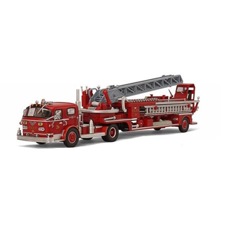 FDNY Ladder 26 American Lafrance TDA ALF 900 Limited Edition 1 of 3000 Produced 1/64 Diecast Model by Code 3 ()