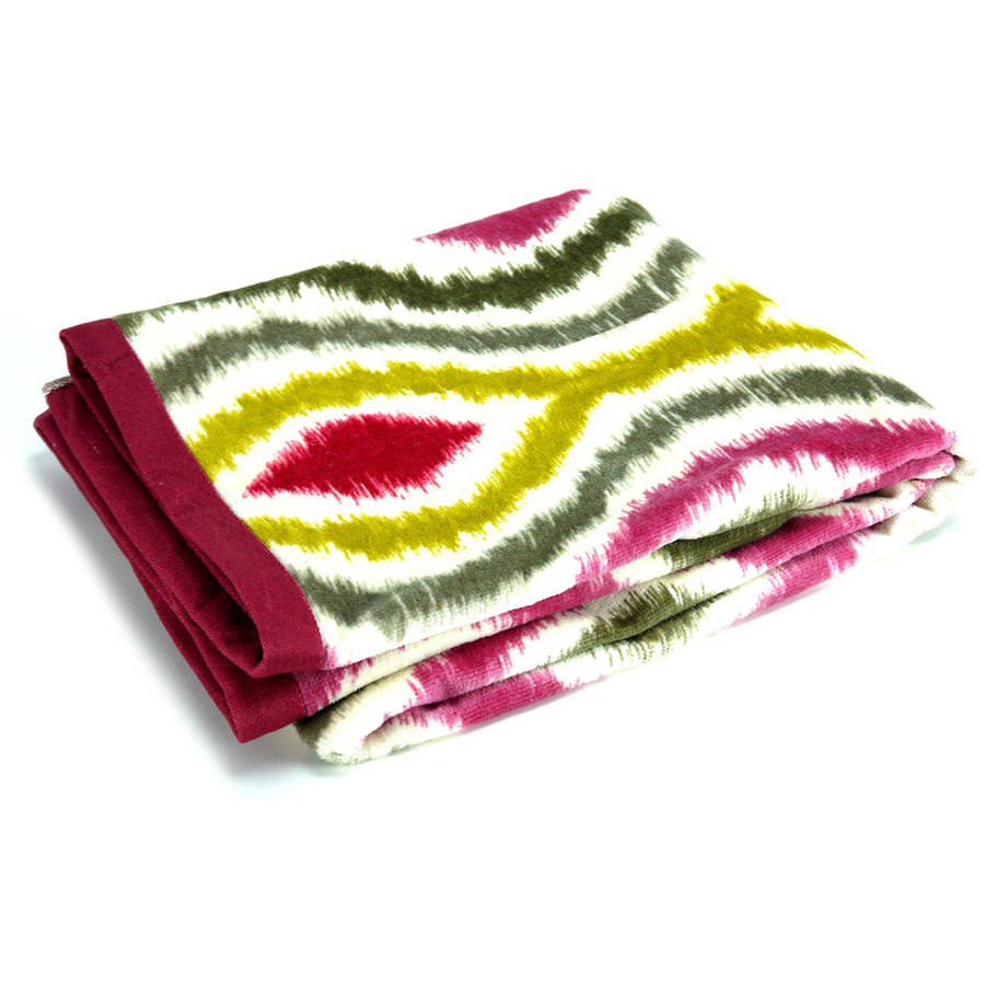Waverly Optic Delight Printed Towel Collection