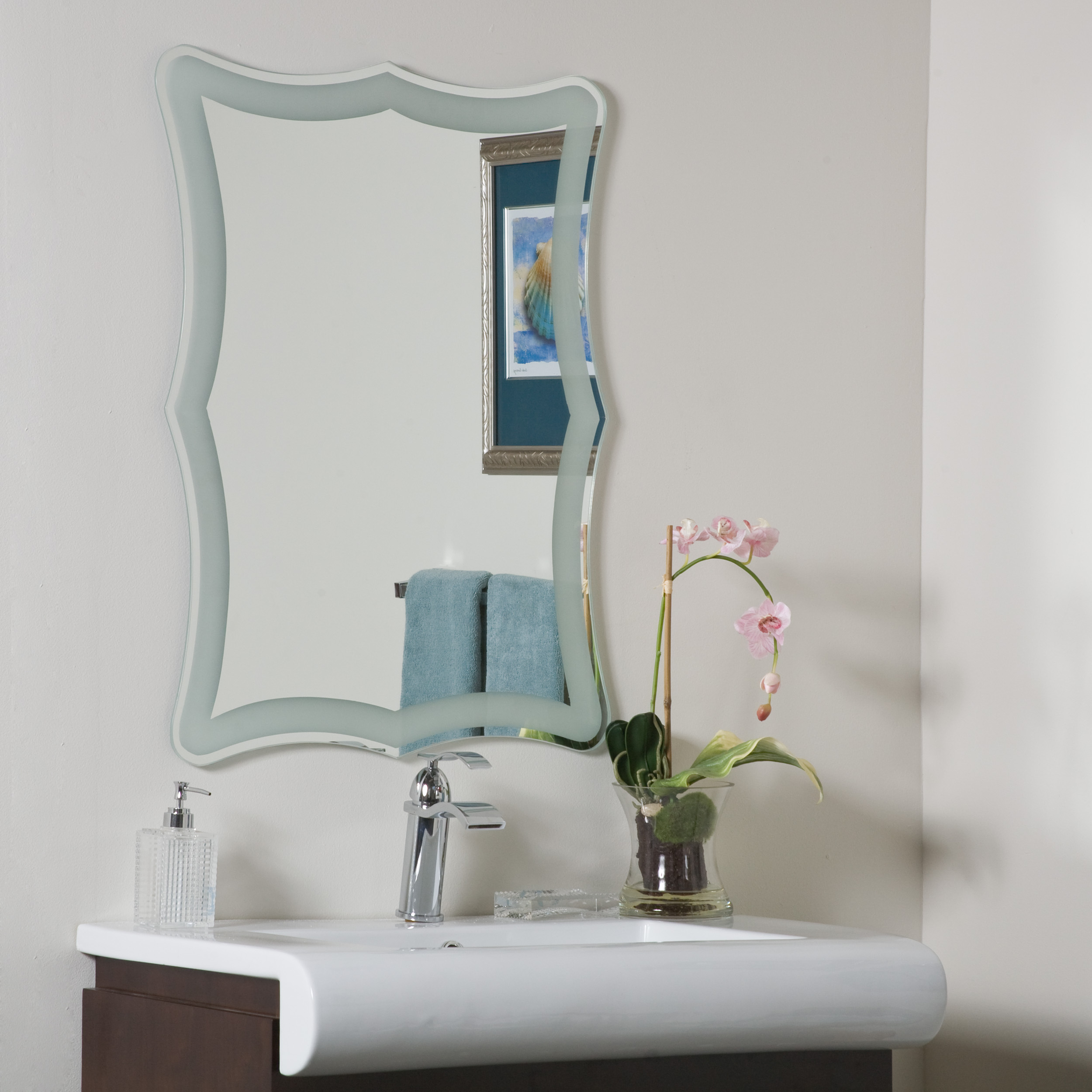 Décor Wonderland Coquette Frameless Bathroom Mirror 23.6 inx31.5 in