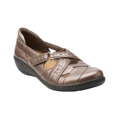 - Clarks Narrative Ashland Spin Q  N/S Round Toe Leather  Loafer