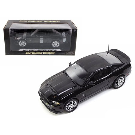 2013 Ford Mustang Shelby Cobra GT500 SVT Black with Chrome Wheels 1/18 Diecast Model Car by Shelby Collectibles