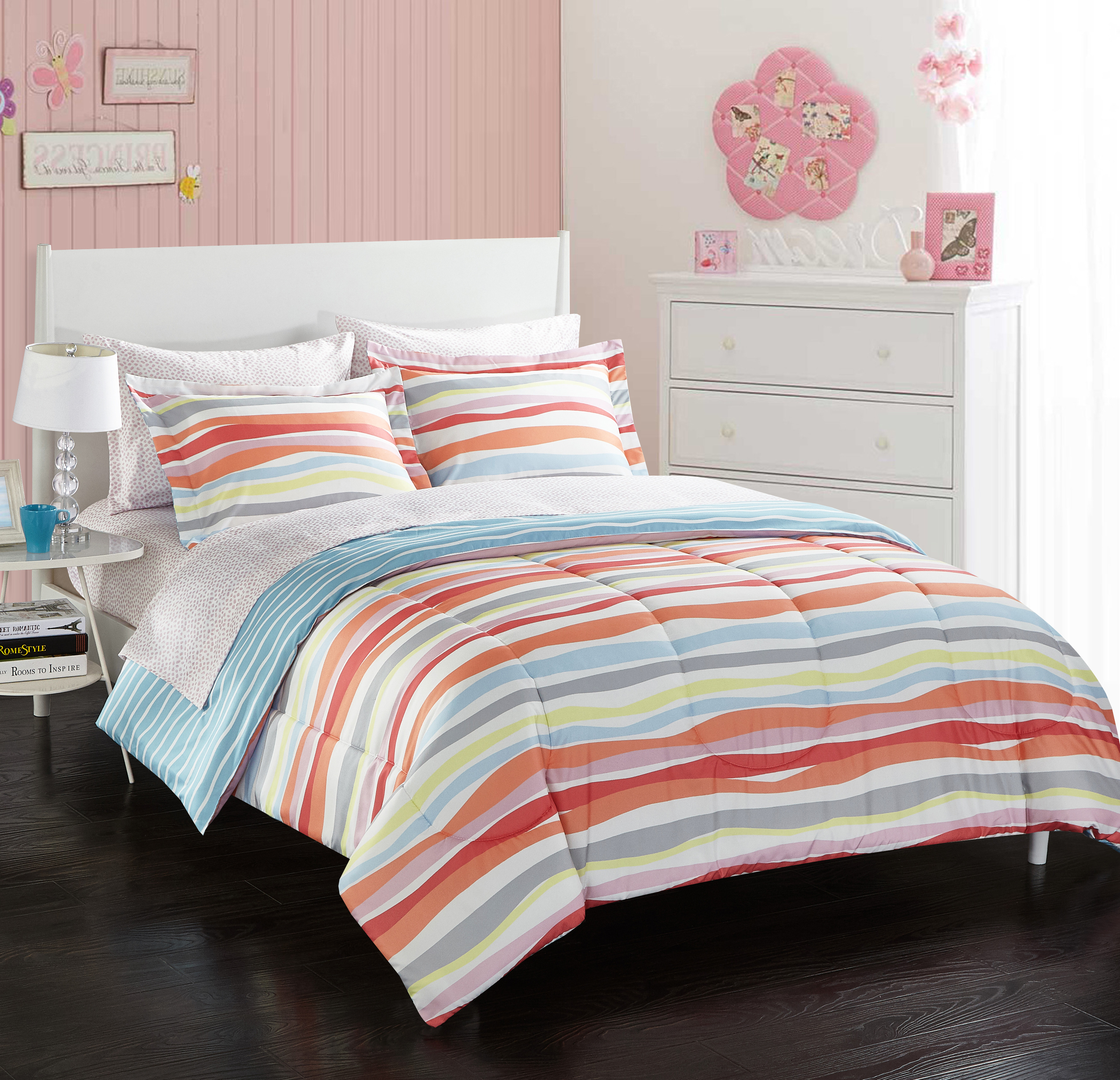 Your Zone Laguna Stripe Bed in a Bag