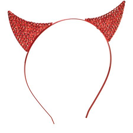Makeup For A Devil At Halloween (Rhinestone Devil Horns Halloween)