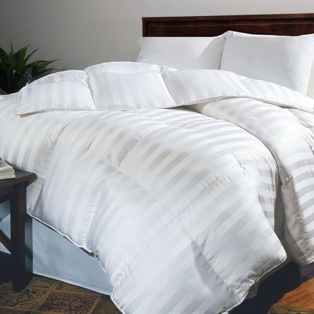 Hotel Grand Oversized 500 Thread Count White Goose Down Comforter - Full/Queen ()
