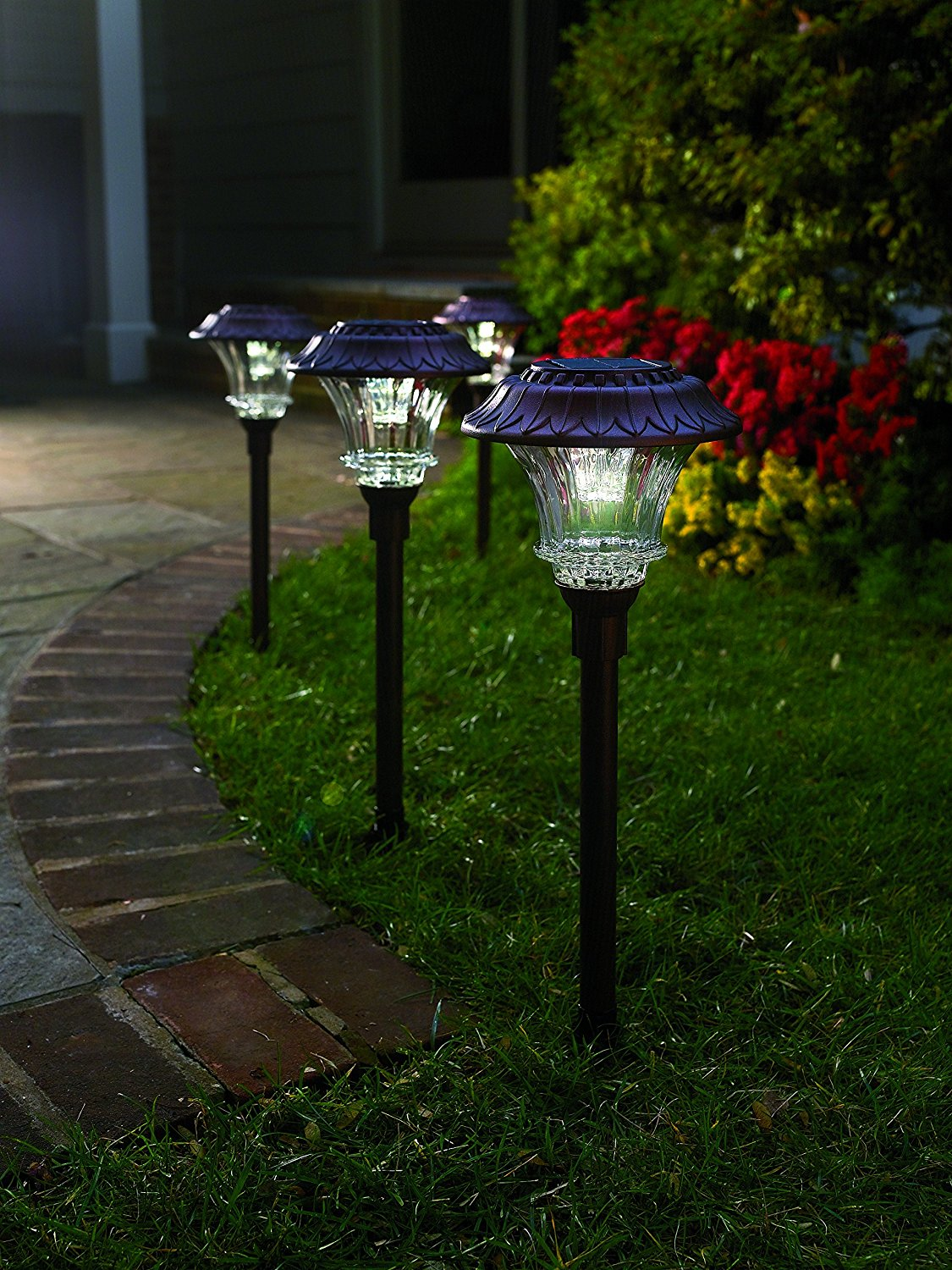 No wire lighting Battery Set Of Solar Garden Path Lights Glass And Powder Coated Cast Aluminum Metal Set Of Solar Garden Path Lights Glass And Powder Coated Cast