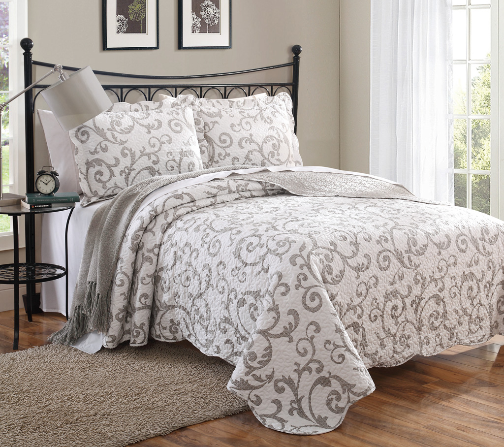regal quilt set linen bed covers belmondo cover laura