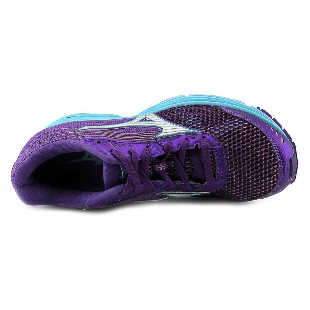 Mizuno Wave Sayonara 3   Round Toe Synthetic  Running Shoe
