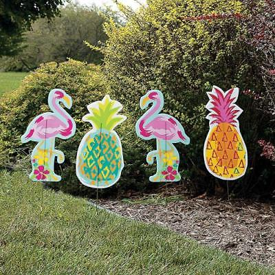 IN-13788528 Pineapple & Flamingo Yard Stakes 4 Piece(s)