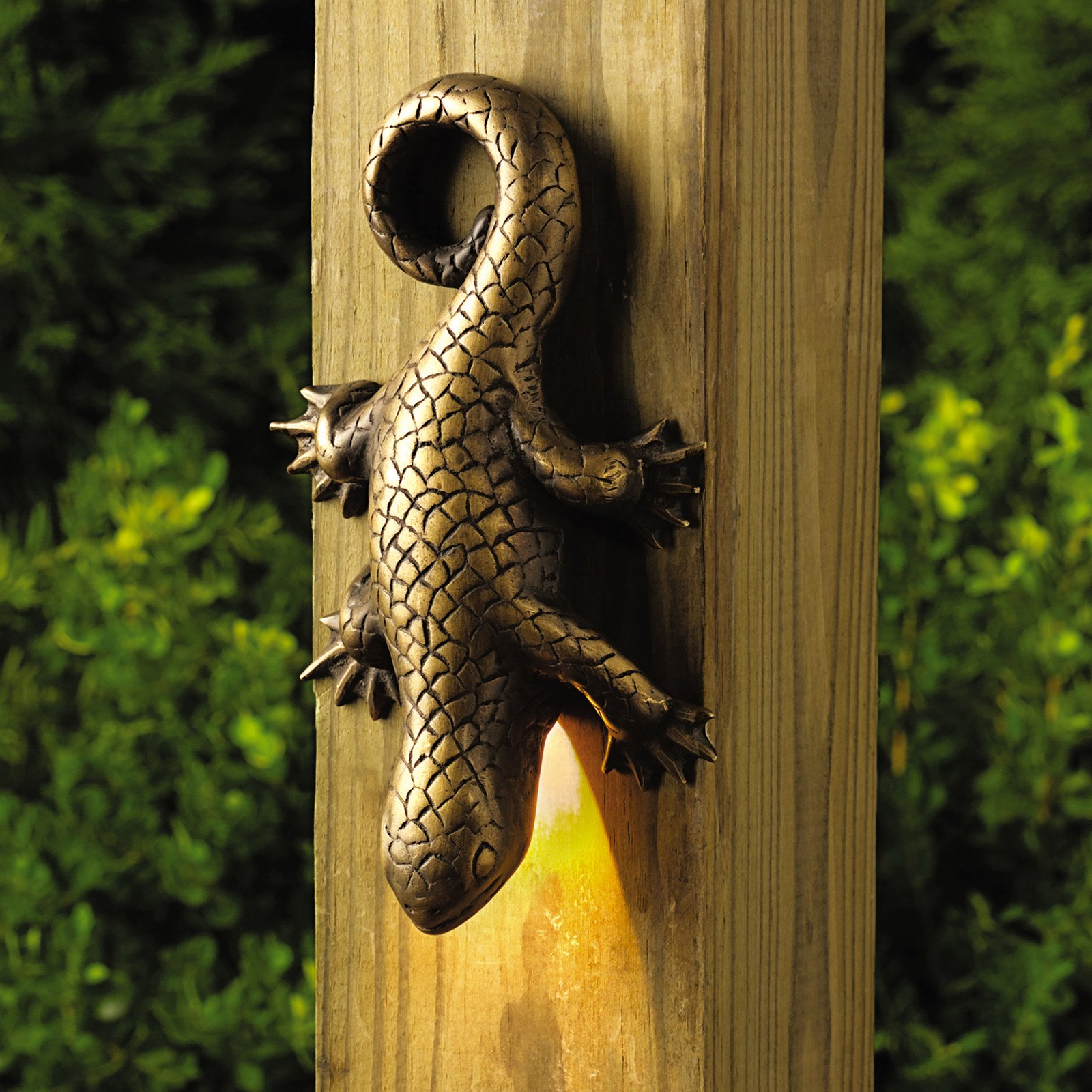 Kichler Lizard Deck Light