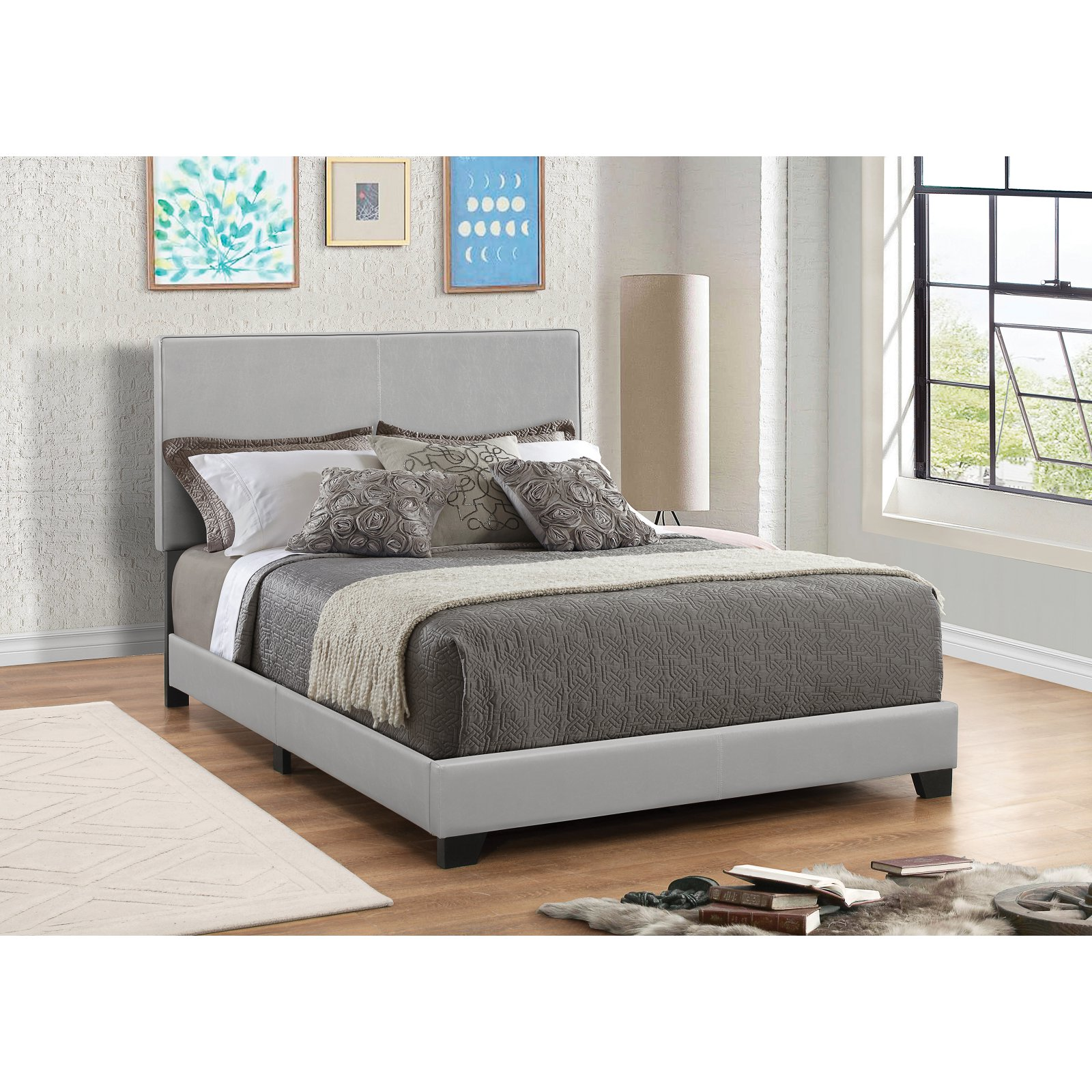 Dorian Upholstered Bed in Grey (Queen)