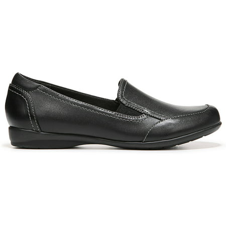 Dr Scholls. Do you need shoes for work and play? Get them from the Dr. Scholl's collection. It has easily found its niche in the marketplace by appealing to people who .