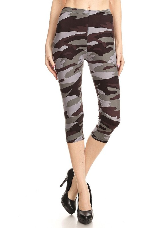 Juniors' Leggings Celebrity Grey Camouflage Print Yummy Brushed Capri Leggings