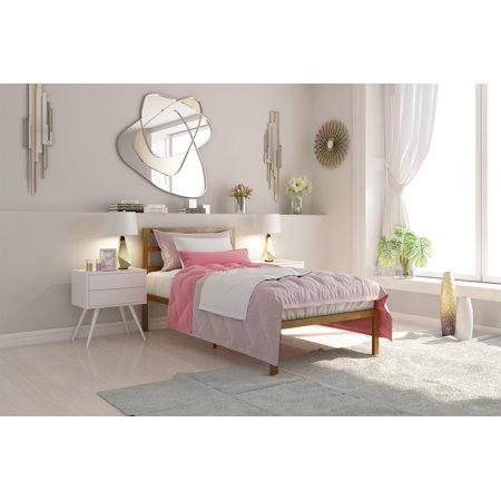 Signature Sleep Premium Modern Platform Bed With Headboard  Metal  Gold  Multiple Sizes