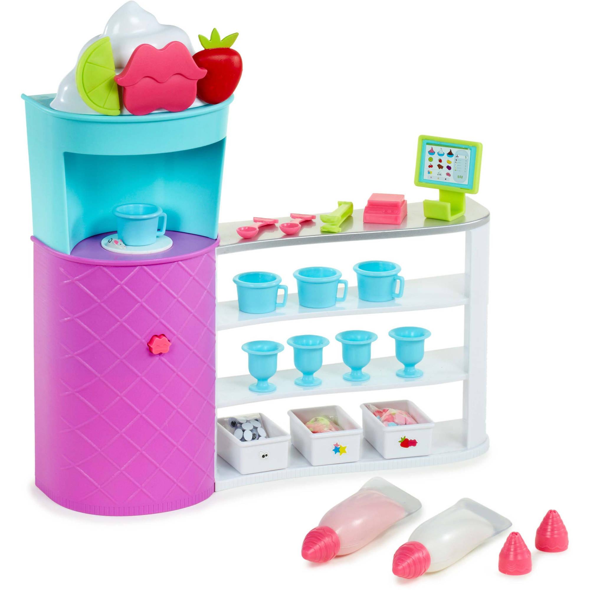 Bratz CIY Sweet Shoppe Activity Playset by MGA Entertainment