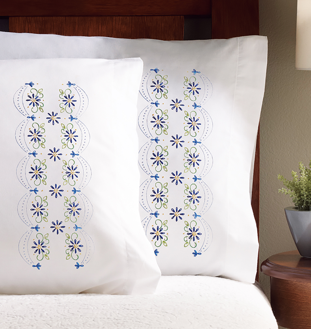 "Design Works Daisy Lace Pillowcases - 2 standard size (20"" x 30"")"