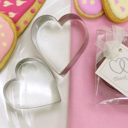 Efavormart 2 Pcs Heart Shaped Stainless Steel Cookie Cutter Wedding Favor Set with Clear Gift (Dots Cookie Gift)