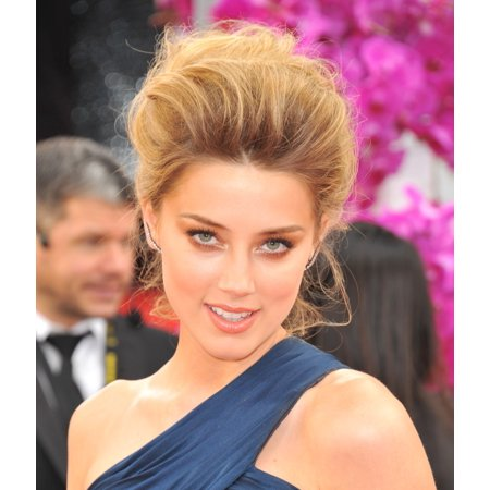 Amber Heard At Arrivals For 71St Golden Globes Awards - Arrivals 2 The Beverly Hilton Hotel Beverly Hills Ca January 12 2014 Photo By Linda WheelerEverett Collection Celebrity