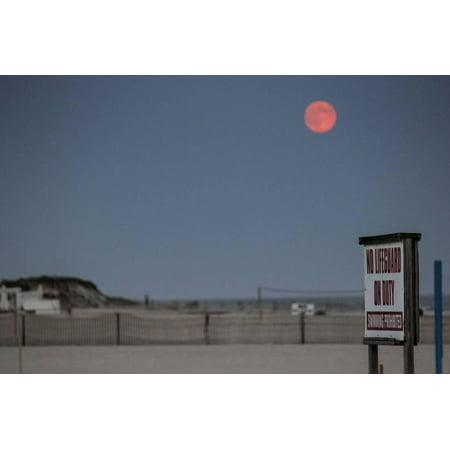 Super Moon and Lifeguard Sign Seen on Atlantic Beach on Long Island, NY Print Wall Art (Long Beach Ny Halloween Events)