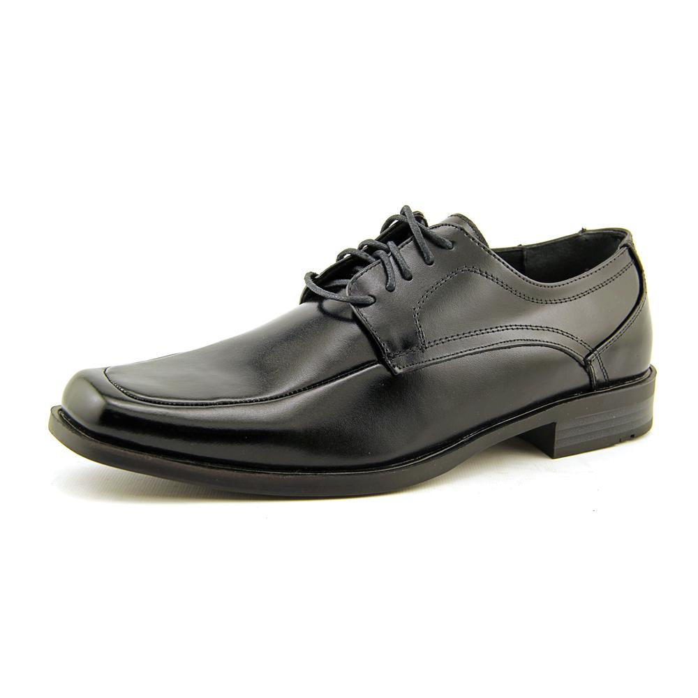 Stacy Adams Calhoun Men Square Toe Leather Oxford by Stacy Adams